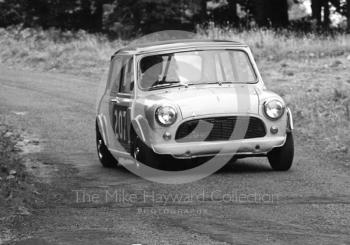 F Dent, Mini Cooper, Loton Park Hill Climb, September 1968.