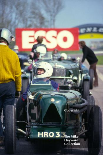 An MG L-Type Magna (HRO 33) on the grid, VSCC Donington May 1979.