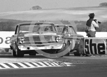 Brian Muir, Malcolm Gartlan Ford Falcon, and Roy Pierpoint, W J Shaw Ford Falcon, Thruxton Easter Monday meeting 1969.