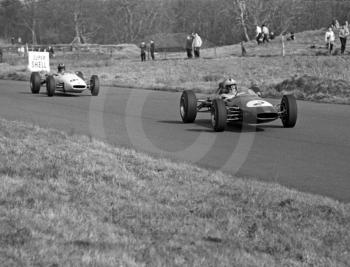 Denny Hulme, Brabham BT16 (chassis F2-10-65) Cosworth, leads Graham Hill, John Coombs Brabham BT16 (chassis F2-8-65) BRM, down The Avenue, Oulton Park, Spring International 1965.