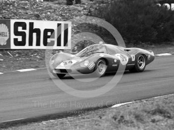 Alan Mann Ford F3L of Bruce McLaren and Mike Spence which retired with a broken drive shaft coupling, 1968 BOAC 500, Brands Hatch