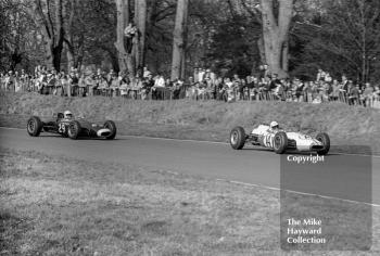 Mike Beckwith, Normand Ltd Brabham BT10 (F2-8-64), Tony Maggs, Midland Racing Partnership Lola T60, 1965 Spring Trophy, Oulton Park.