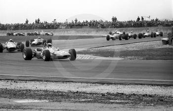Henri Pescarolo, Matra MS7, leads the pack through Campbell, Cobb and Seagrave, Thruxton Easter Monday F2 International, 1968.