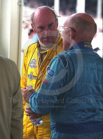 Richard Attwood chats to Stirling Moss in the pits, RAC TT, Goodwood Revival, 1999