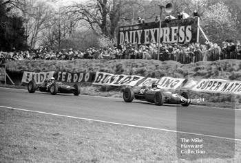 Tony Hegbourne, John Willment Automobiles Lola T55 (SL/64/2), Peter Revson, Ron Harris Lotus 32, 1965 Spring Trophy, Oulton Park.