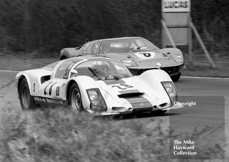 Martin Hone/ Jeff Harris Porsche 906 and the Terry Drury/Keith Holland Ford GT40, 1968 BOAC 500, Brands Hatch