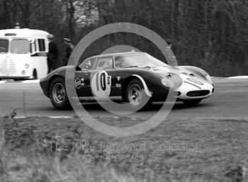 Ferrari 250LM of Paul Vestey/Roy Pike heading for 15th overall, 1968 BOAC 500, Brands Hatch