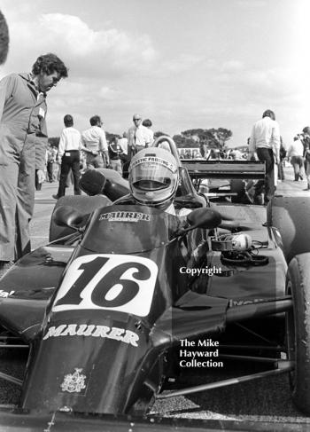 Eje Elgh, Maurer Motorsport MM81 BMW, on the grid, John Howitt F2 Trophy, Donington, 1981